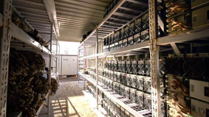 Antminers-20211013a.JPG